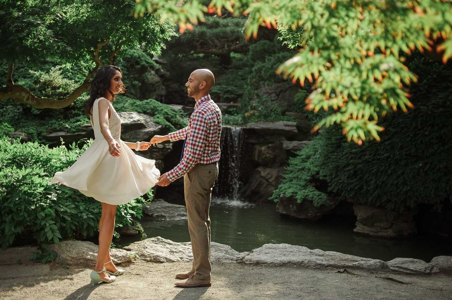 brooklyn botanical garden engagement photos